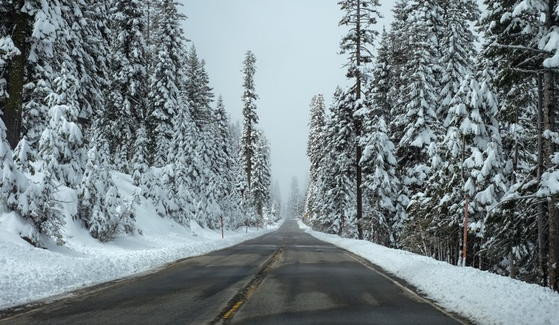 Icy Road image color scheme