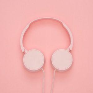 Pink Headphones image color scheme