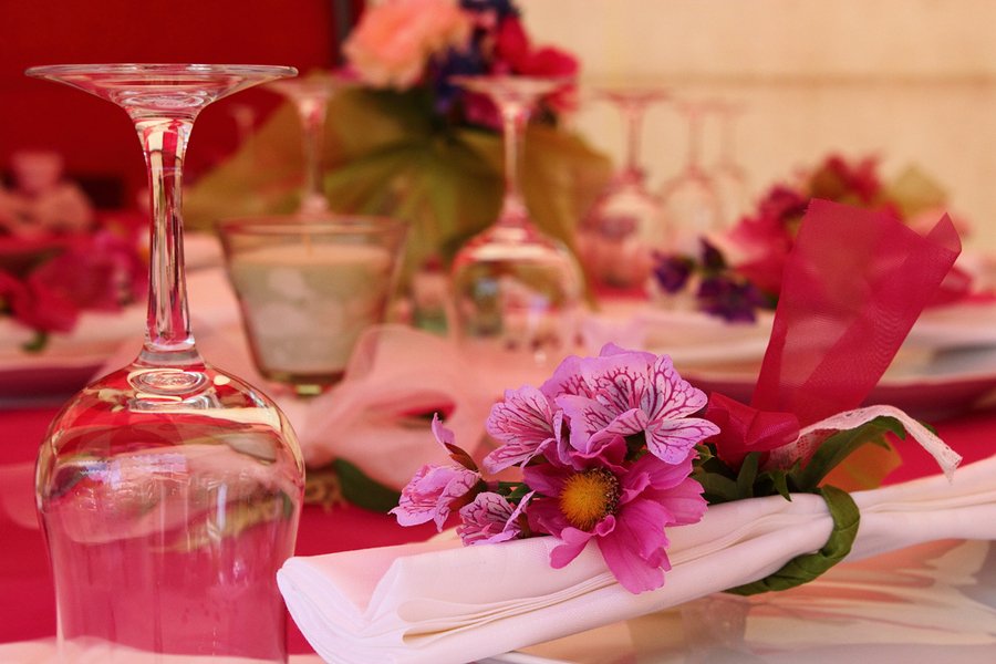 Red Table decoration on wedding